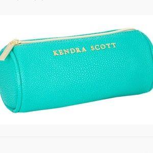 NWT! Kendra Scott Everyday Travel Case